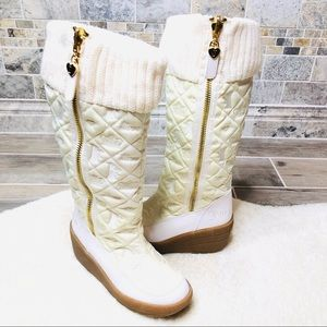 Juicy Couture Snow Zip Nylon Quilted Boots